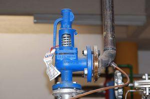 Предохранительные клапаны и их описание: особенности регулировки давления и настройки