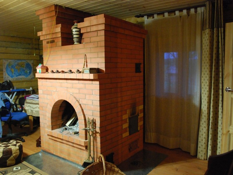 По каким правилам строится кирпичная печь