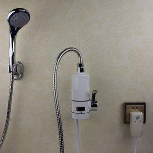 Проточный водонагреватель электрический на душ